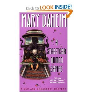 A Streetcar Named Expire (Bed-And-Breakfast Mysteries, book 16) - Mary Daheim free download