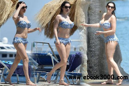 Kelly Brook - On vacation on the island of Ischia, Italy July 10, 2012 free download