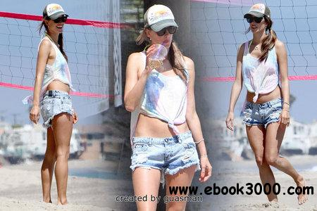 Alessandra Ambrosio - Playing volleyball on the beach in Malibu July 7, 2012 free download