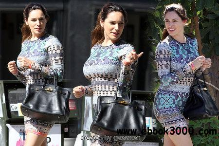 Kelly Brook - Out & about in Los Angeles August 25, 2012 free download