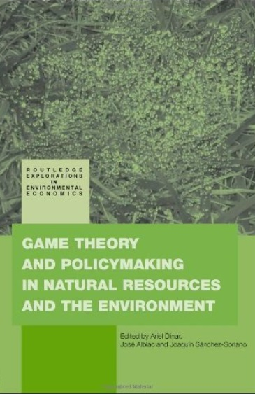 Game Theory and Policy Making in Natural Resources and the Environment free download
